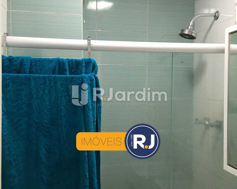 banheiro social - Apartamento À Venda - Copacabana - Rio de Janeiro - RJ - LAAP21358 - 20