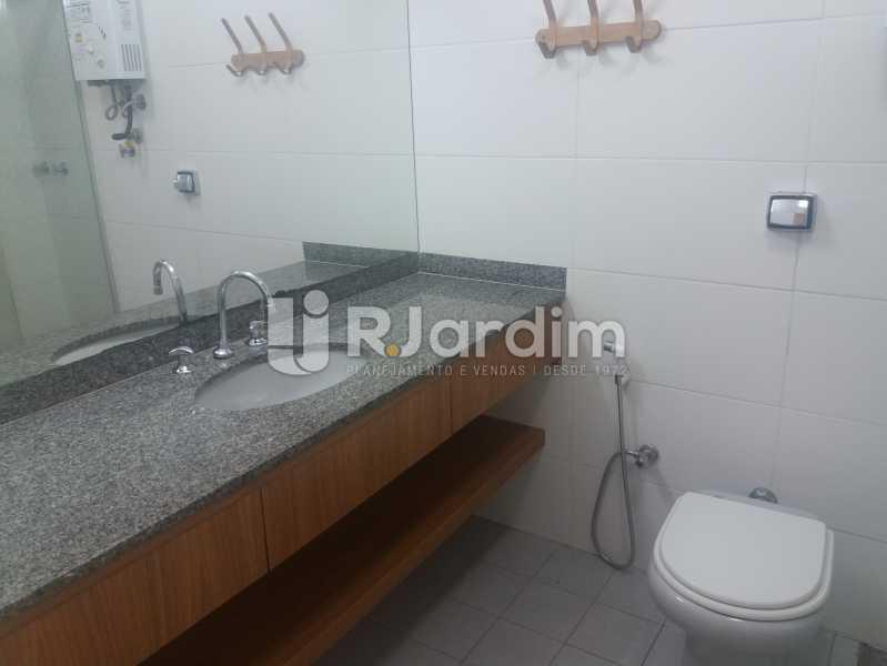 Banheiro suíte - Casa À Venda - Humaitá - Rio de Janeiro - RJ - LACA40041 - 15