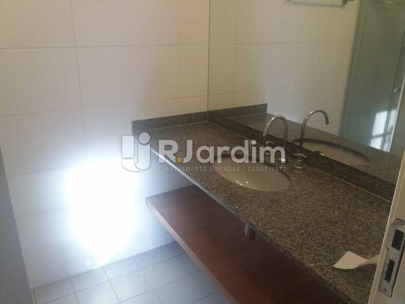 Banheiro social - Casa À Venda - Humaitá - Rio de Janeiro - RJ - LACA40041 - 21