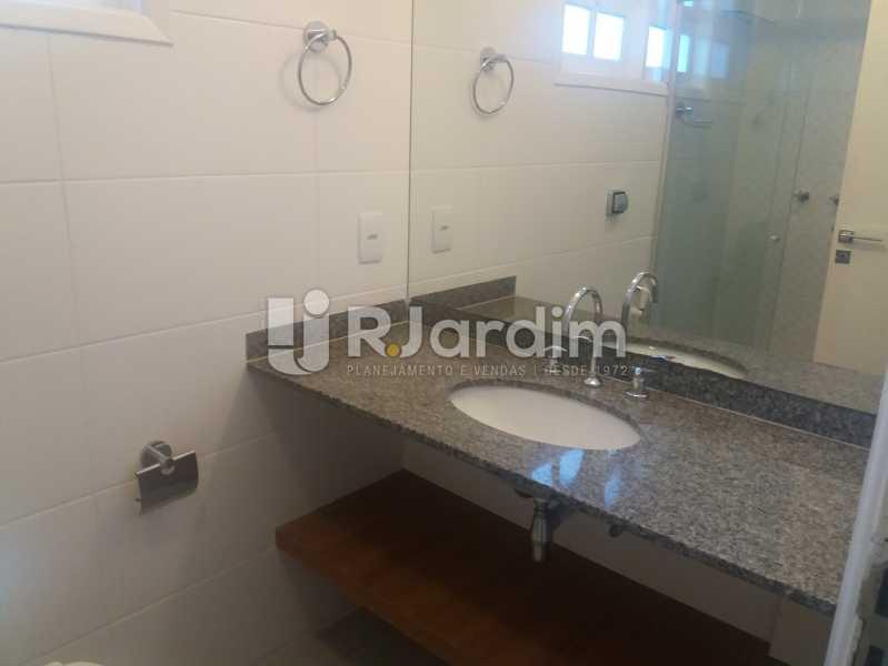 Banheiro suíte - Casa À Venda - Humaitá - Rio de Janeiro - RJ - LACA40041 - 23