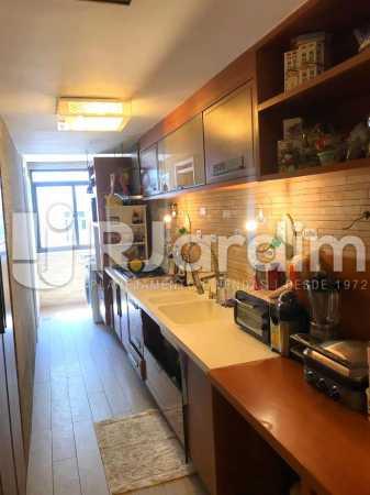 COZINHA - Imóveis Aluguel Cobertura Copacabana 2 Quartos - LACO20093 - 12