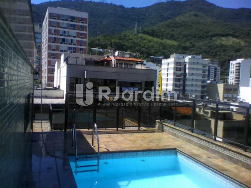 1 Piscina no 2° piso  - Compra Venda Imóveis Cobertura Tijuca 4 Quartos - LACO40168 - 1