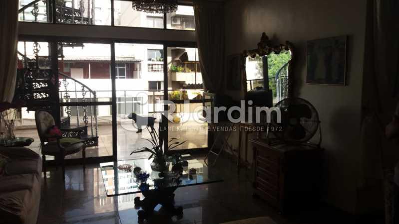 8 Ampla sala de estar 1° piso - Compra Venda Imóveis Cobertura Tijuca 4 Quartos - LACO40168 - 9