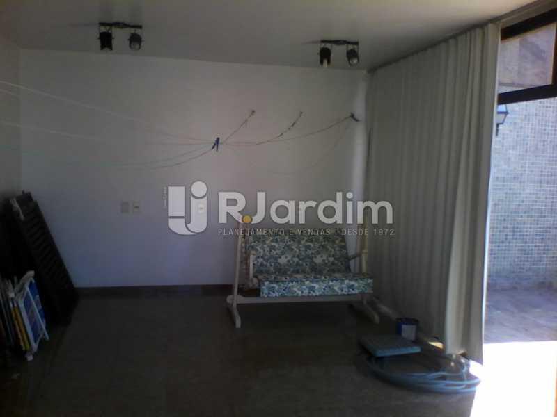 30 Ampla sala do 2° piso - Compra Venda Imóveis Cobertura Tijuca 4 Quartos - LACO40168 - 31