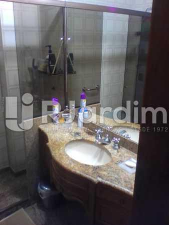 15 Banheiro suíte  - Compra Venda Imóveis Cobertura Tijuca 4 Quartos - LACO40168 - 16