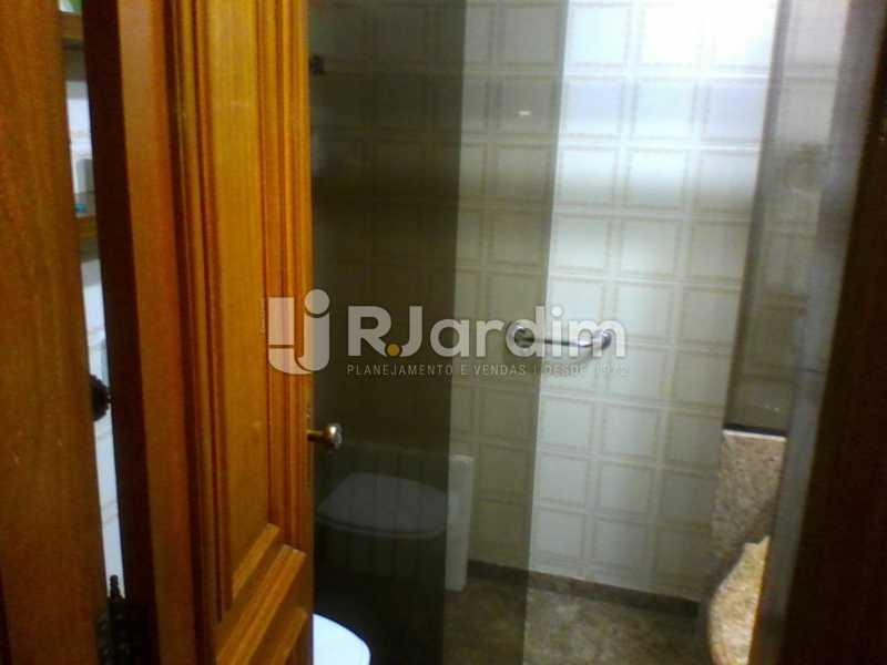 21 Banheiro suíte do 1° piso  - Compra Venda Imóveis Cobertura Tijuca 4 Quartos - LACO40168 - 22