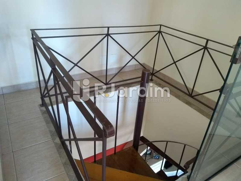escada / acesso ao 2d piso  - Compra Venda Avaliação Imóveis Cobertura Ipanema 4 quartos - LACO40162 - 16