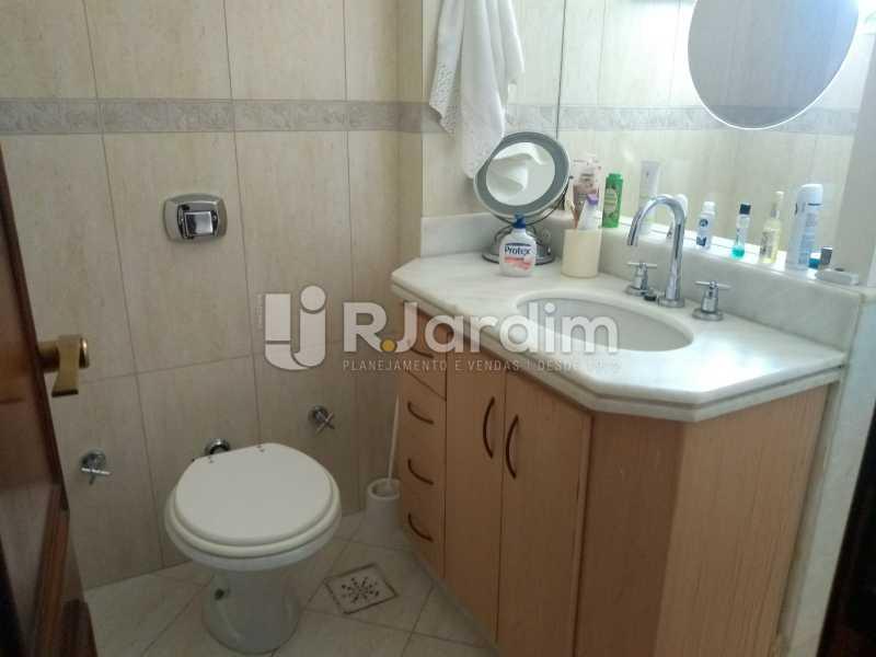 banheiro social  - Compra Venda Avaliação Imóveis Cobertura Ipanema 4 quartos - LACO40162 - 21