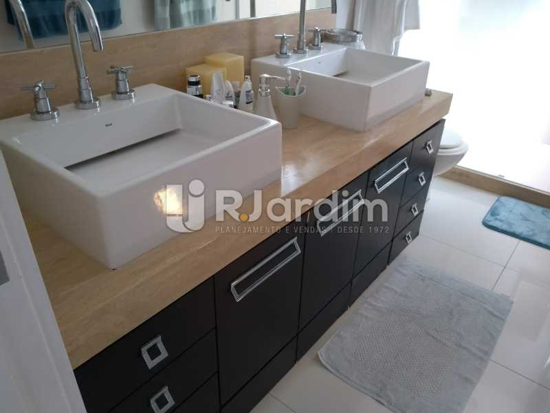 banheiro/suíte master - Compra Venda Avaliação Imóveis Cobertura Leblon 4 Quartos - LACO40166 - 18