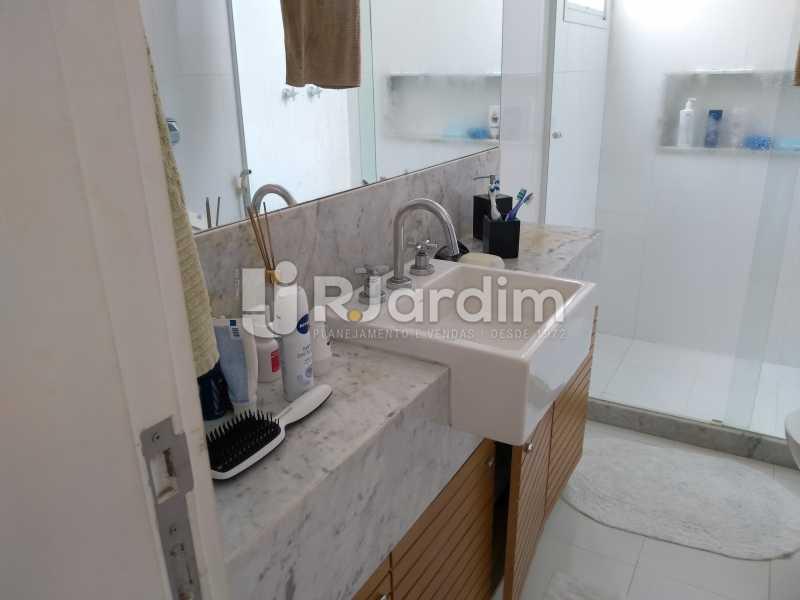 banheiro suíte 2 - Compra Venda Avaliação Imóveis Cobertura Leblon 4 Quartos - LACO40166 - 22
