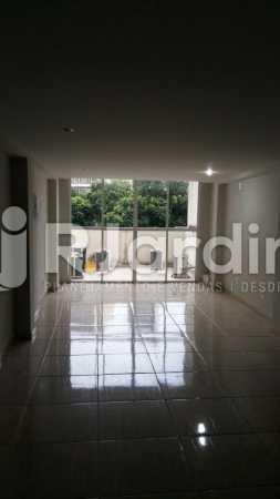 16 Vista da sala 5° andar  - Compra Venda Prédio Comercial Centro - LAPR00042 - 17