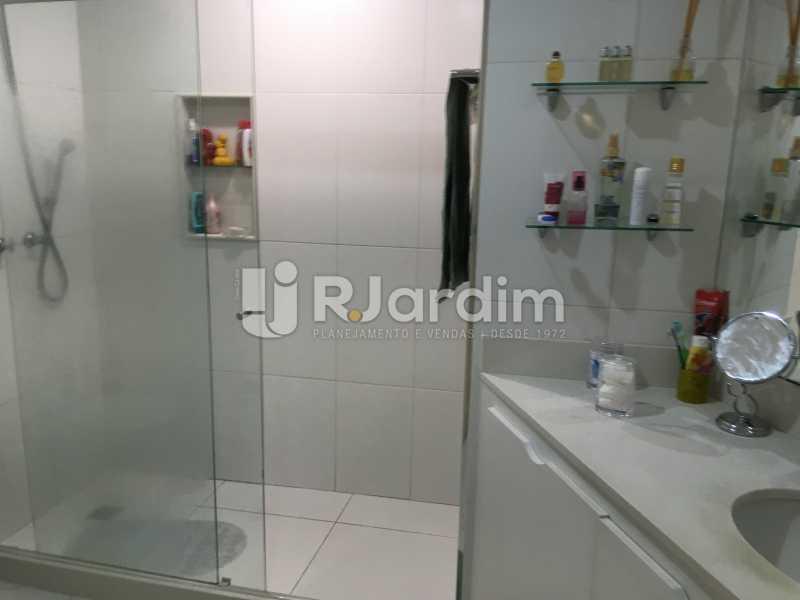Banheiro Suíte - Apartamento À Venda - Lagoa - Rio de Janeiro - RJ - LAAP31945 - 17