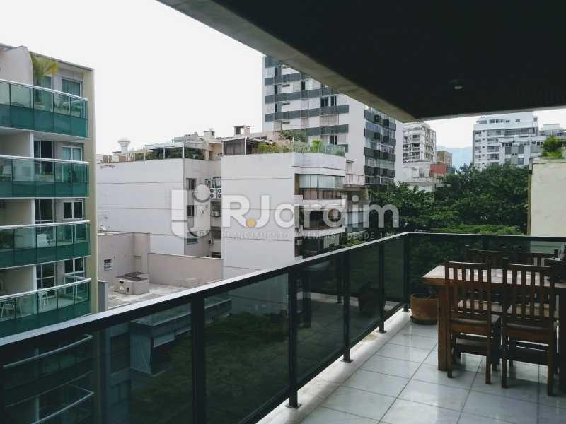 Varanda/ lado direito  - Compra Venda Avaliação Imóveis Apartamento Lagoa 4 Quartos - LAAP40734 - 3