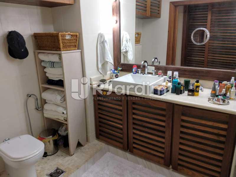 Banheiro Suíte - Compra Venda Avaliação Imóveis Apartamento Humaitá 3 Quartos - LAAP31951 - 24