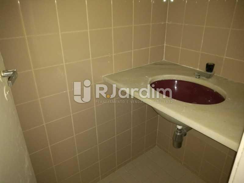 Lavabo - Apartamento Para Alugar - Lagoa - Rio de Janeiro - RJ - LAAP31963 - 12