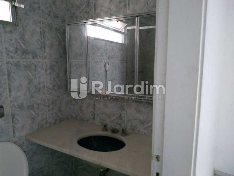 Banheiro Social - Apartamento Para Alugar - Lagoa - Rio de Janeiro - RJ - LAAP31963 - 17