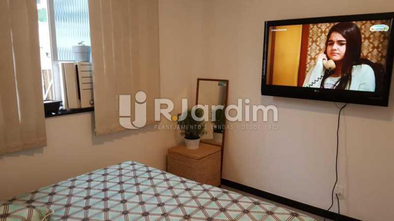 Quarto c/ armário ar e tv - Apartamento Copacabana 1 Quarto Aluguel Administração Imóveis - LAAP10339 - 10