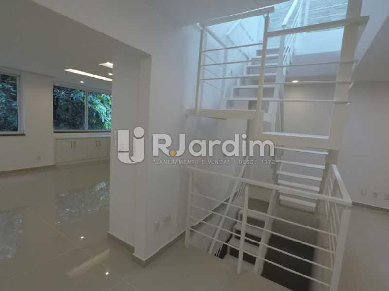 Escada  - Aluguel Administração Imóveis Cobertura Leblon 4 Quartos - LACO40171 - 4