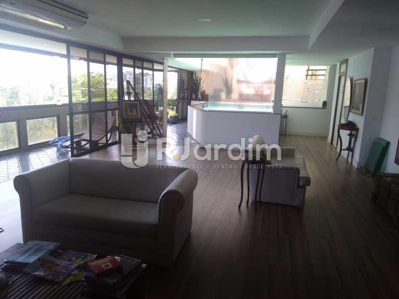 Salão - Aluguel Administração Imóveis Apartamento Duplex Lagoa 4 Quartos - LAAP32015 - 1