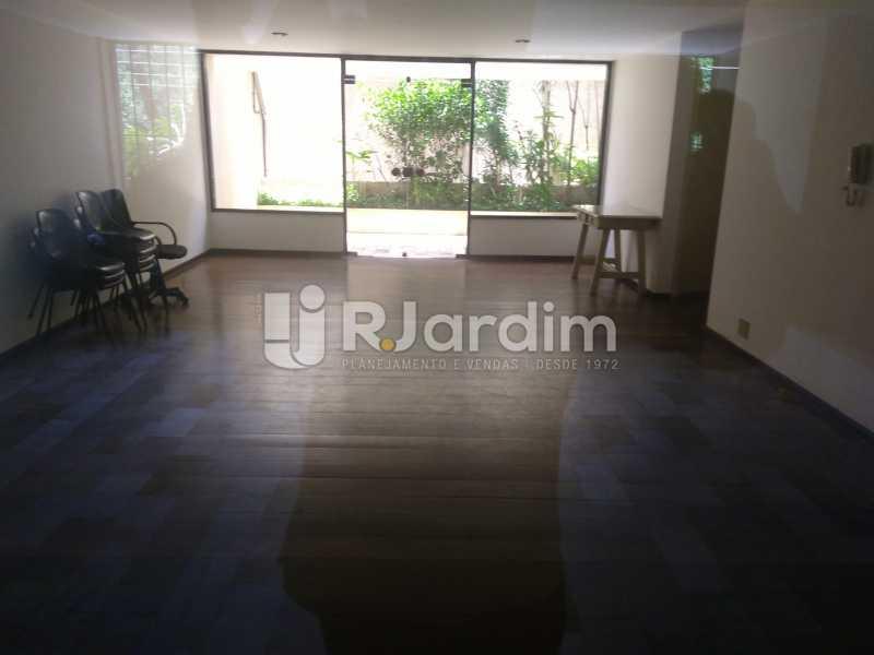 Area do Prédio  - Aluguel Administração Imóveis Apartamento Duplex Lagoa 4 Quartos - LAAP32015 - 21