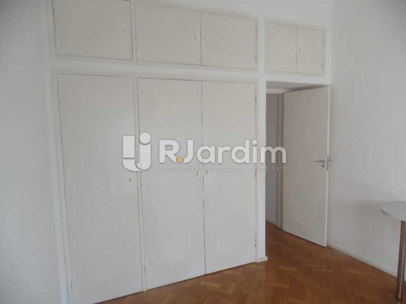 Quarto com armários - Apartamento Copacabana 4 Quartos Aluguel Administração Imóveis - LAAP40740 - 10