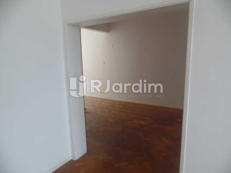 Corredor - Apartamento Copacabana 4 Quartos Aluguel Administração Imóveis - LAAP40740 - 22