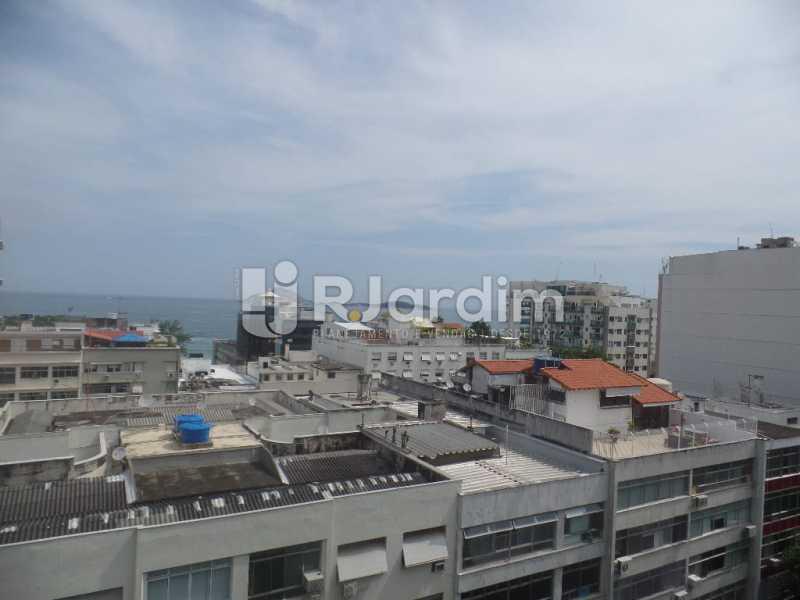 Vista de fundos  - Apartamento Copacabana 4 Quartos Aluguel Administração Imóveis - LAAP40740 - 1