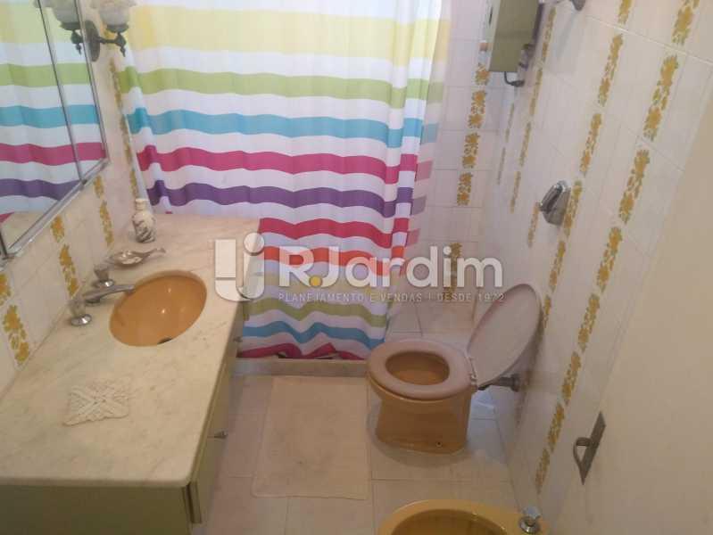 Banheiro Social - Apartamento Lagoa, Zona Sul,Rio de Janeiro, RJ À Venda, 3 Quartos, 140m² - LAAP31978 - 19