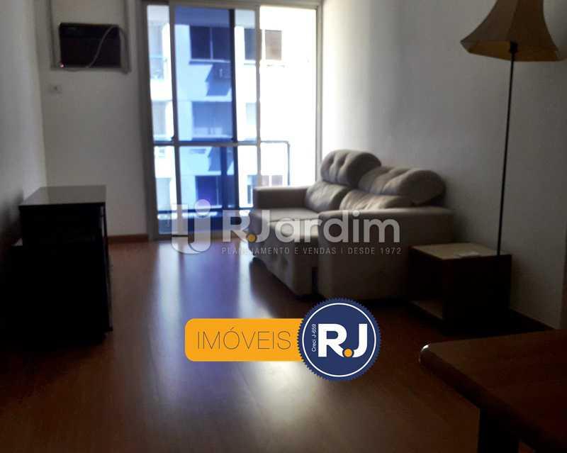 Sala - Aluguel Administração Imóveis Flat Residencial Humaitá 2 Quartos - LAFL20085 - 3