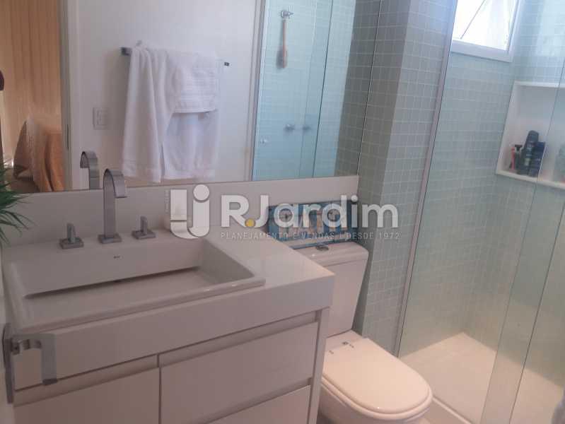 Banheiro suíte - Cobertura à venda Rua Baronesa de Poconé,Lagoa, Zona Sul,Rio de Janeiro - R$ 2.530.000 - LACO30264 - 15