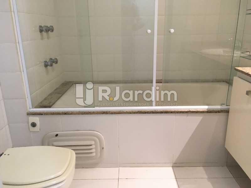 Banheiro Suíte - Compra Venda Avaliação Imóvel - LAAP40741 - 26