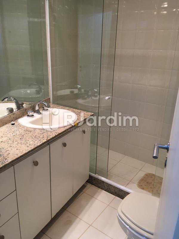 Banheiro Suíte - Compra Venda Avaliação Imóvel - LAAP40741 - 25