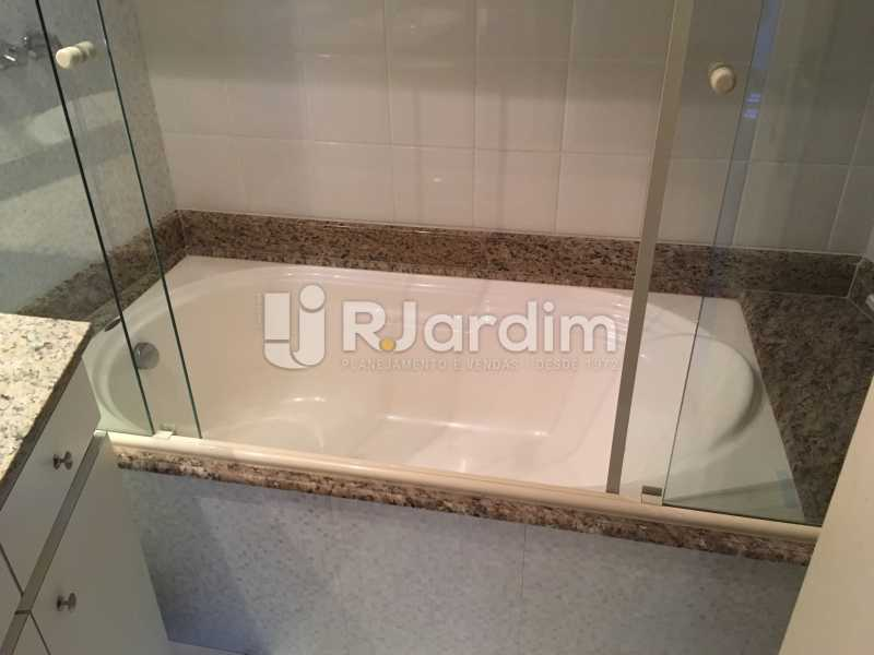 Banheiro Suíte - Compra Venda Avaliação Imóvel - LAAP40741 - 30