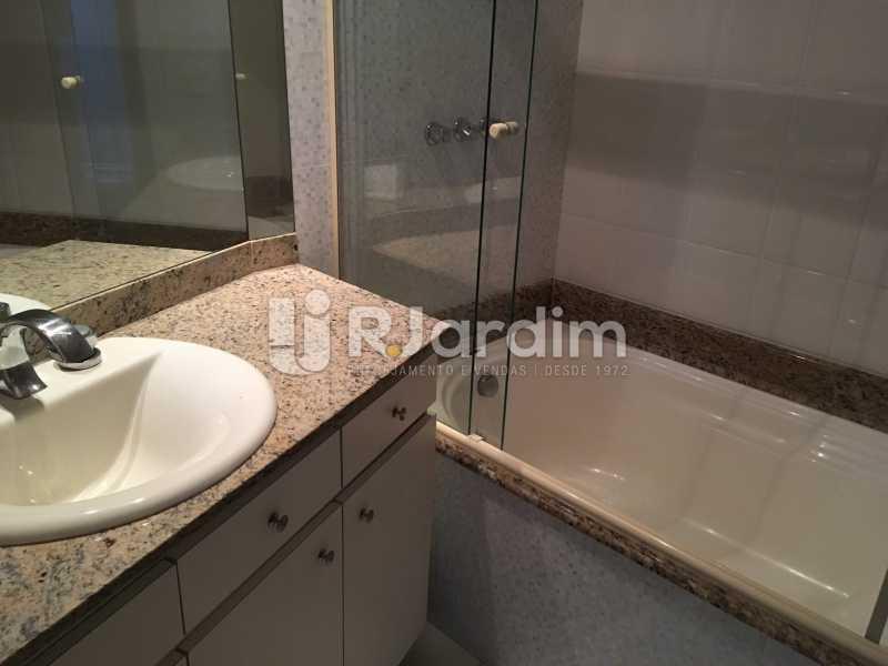 Banheiro suíte - Compra Venda Avaliação Imóvel - LAAP40741 - 28