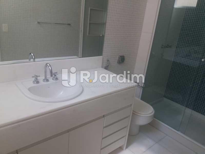Banheiro social - Apartamento À Venda - Leblon - Rio de Janeiro - RJ - LAAP31984 - 22