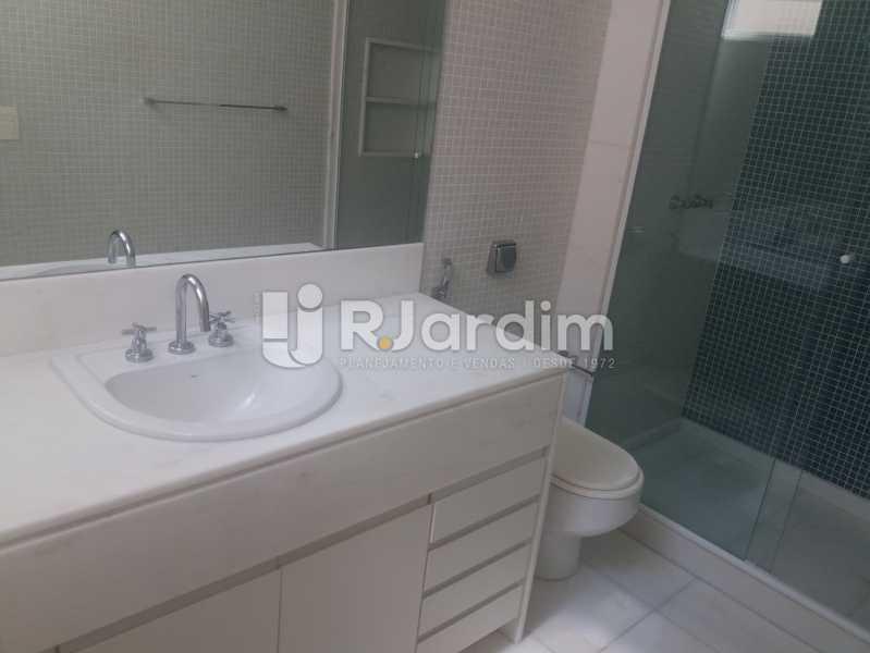 banheiro - Apartamento À Venda - Leblon - Rio de Janeiro - RJ - LAAP31984 - 24