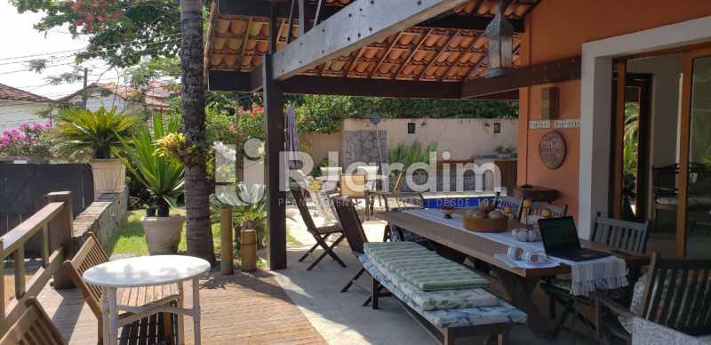 entrada garagem /área gourmet - Compra Venda Casa Residencial Freguesia (Jacarepaguá) 4 Quartos - LACN40017 - 7