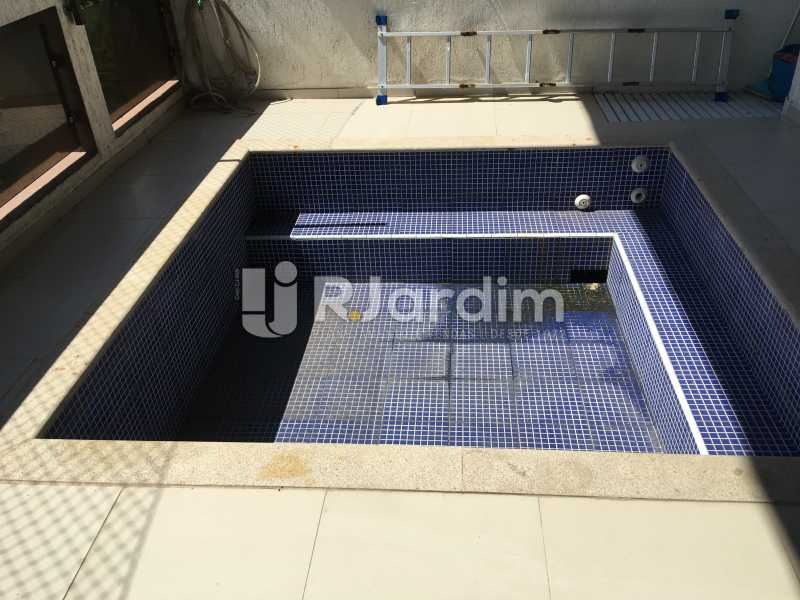 Piscina - Compra Venda Avaliação Imóveis Apartamento Barra da Tijuca 4 Quartos - LAAP40748 - 10