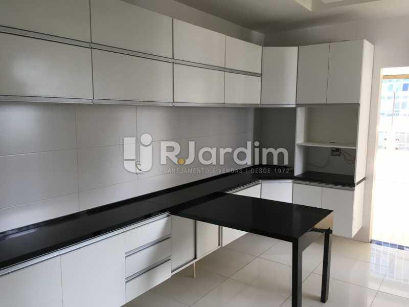 Copa/Cozinha - Compra Venda Avaliação Imóveis Apartamento Barra da Tijuca 4 Quartos - LAAP40748 - 14