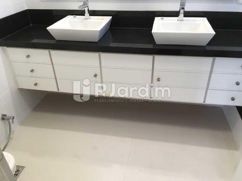 Banheiro Suíte - Compra Venda Avaliação Imóveis Apartamento Barra da Tijuca 4 Quartos - LAAP40748 - 24