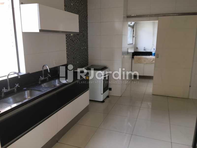 Cozinha - Compra Venda Avaliação Imóveis Apartamento Barra da Tijuca 4 Quartos - LAAP40748 - 15