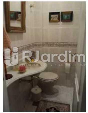 banheiro social - Apartamento À Venda - Copacabana - Rio de Janeiro - RJ - LAAP31992 - 12