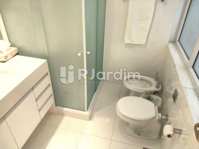 Banheiro Social - Apartamento À Venda - Copacabana - Rio de Janeiro - RJ - LAAP50046 - 26