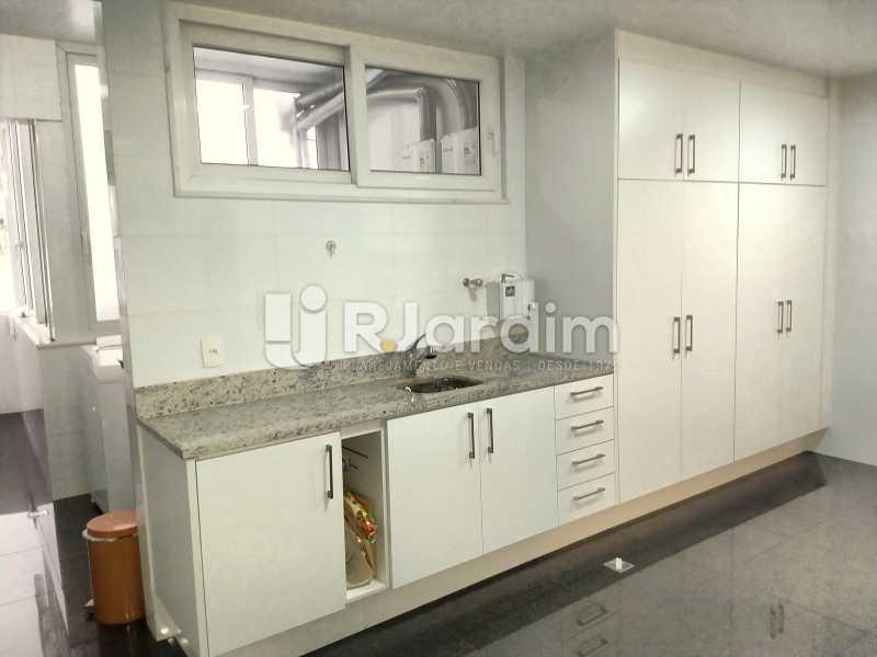 Área de serviço  - Apartamento À Venda - Copacabana - Rio de Janeiro - RJ - LAAP50046 - 30