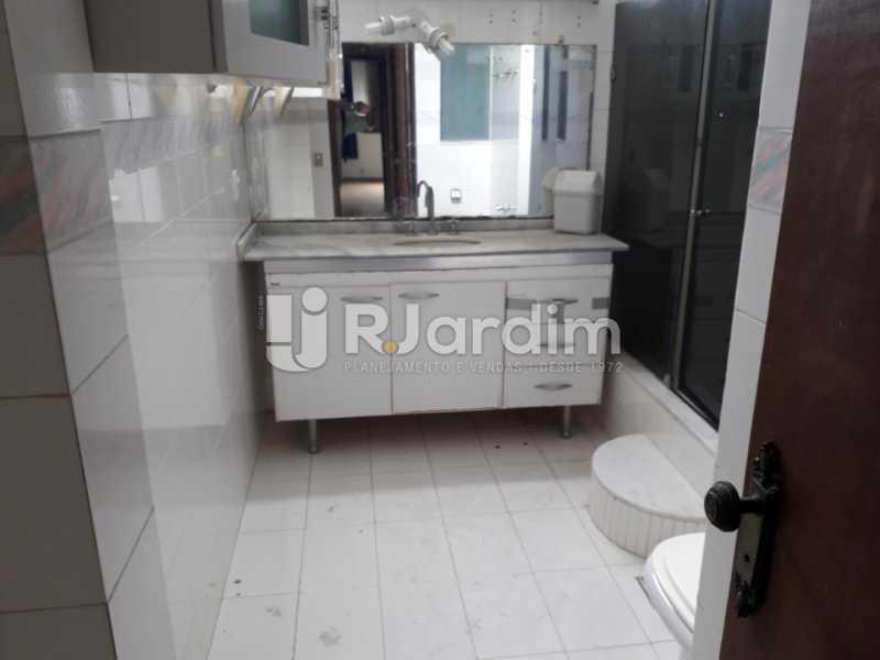 Banheiro Social - Compra Venda Imóveis Apartamento Botafogo 3 Quartos - LAAP32009 - 13