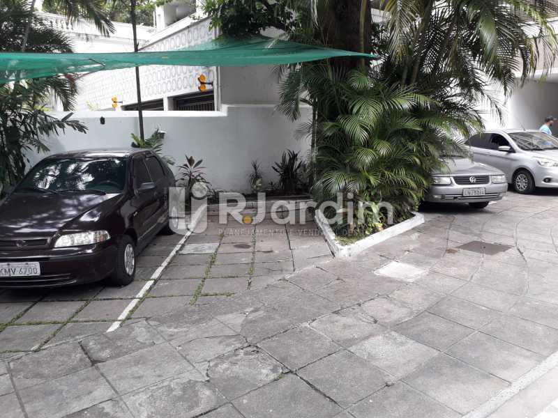 2° Vaga Externa - Compra Venda Imóveis Apartamento Botafogo 3 Quartos - LAAP32009 - 26