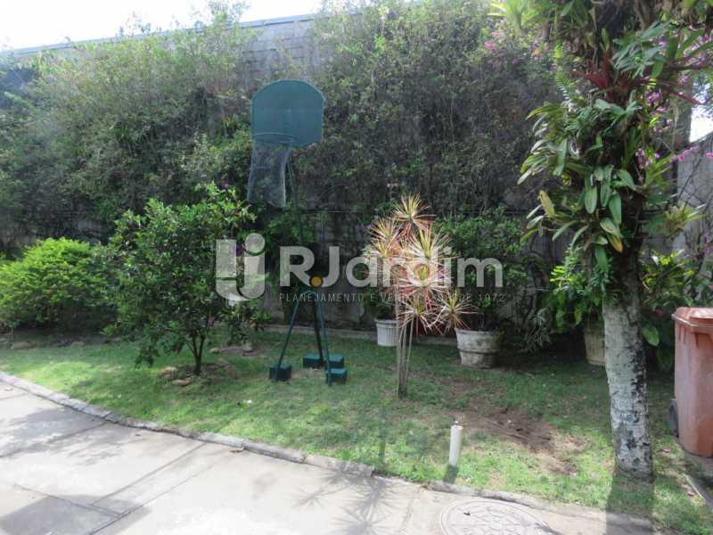 Jardim da casa - Casa à venda Rua Ministro Aliomar Baleeiro,Recreio dos Bandeirantes, Zona Oeste - Barra e Adjacentes,Rio de Janeiro - R$ 2.500.000 - LACA30024 - 4