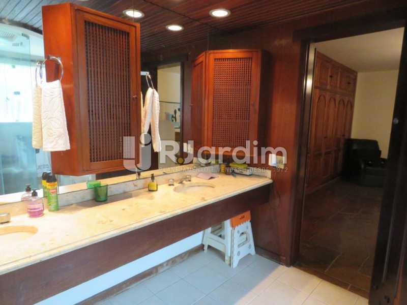 Banheiro suíte - Casa À Venda - Recreio dos Bandeirantes - Rio de Janeiro - RJ - LACA30024 - 17