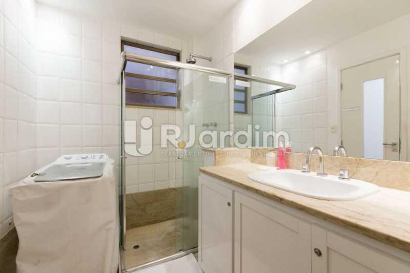 banheiro social - Apartamento de 3 quartos sendo 1 suíte em Ipanema - LAAP32030 - 14