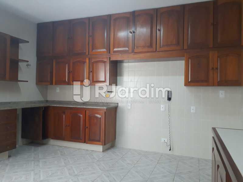 cozinha - Aluguel Administração Imóveis Apartamento Copacabana 4 Quartos - LAAP40757 - 10